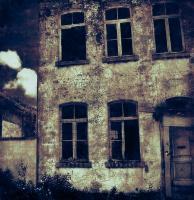 Признаки Того, Что Ваш Дом Населен Призраками
